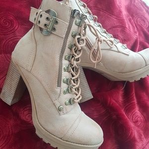 Guess laceup booties